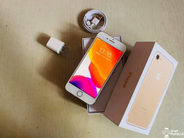 Iphone 7 128gb gold - 1/4