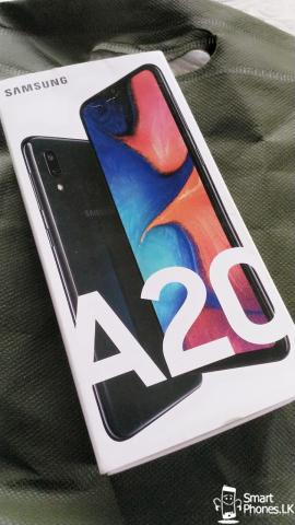 Brand New Samsung Galaxy A20 - 1/3