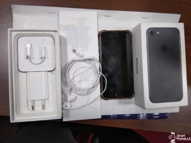iphone 7 32GB - Matt Black - 1/2