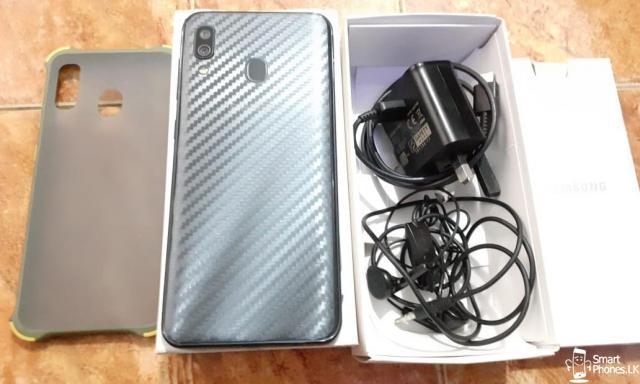 Samsung Galaxy A30 - 2/5