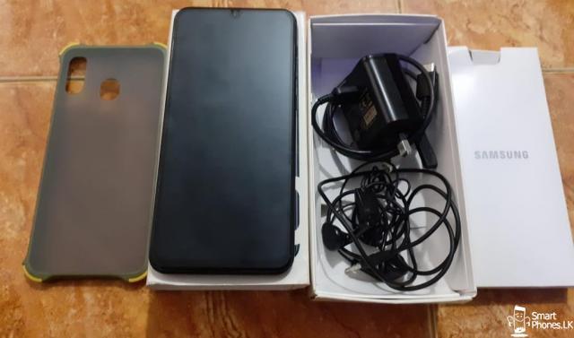 Samsung Galaxy A30 - 3/5